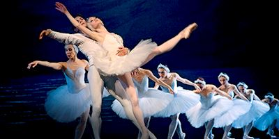 Russian ballet dancers in performance